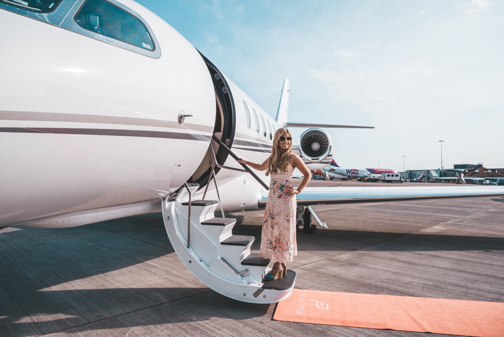 PrivateFly самолет поездка чартер